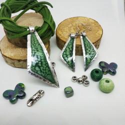 Orecchini alluminio dipinto triangolo verde maculato