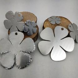 Alluminio Fiore Contorno Battuto